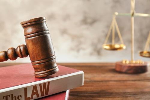 נערה בת 17 קיבלה היתר נישואין מבית המשפט